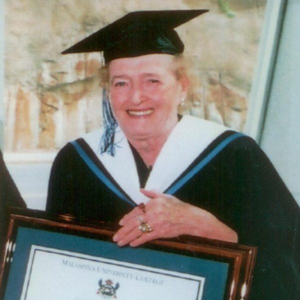 Beryl K Albee
