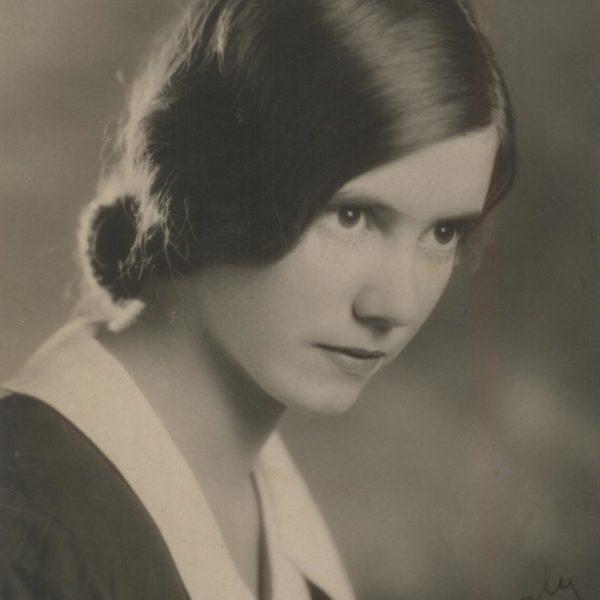 Evelyn Hood 1912 -1999