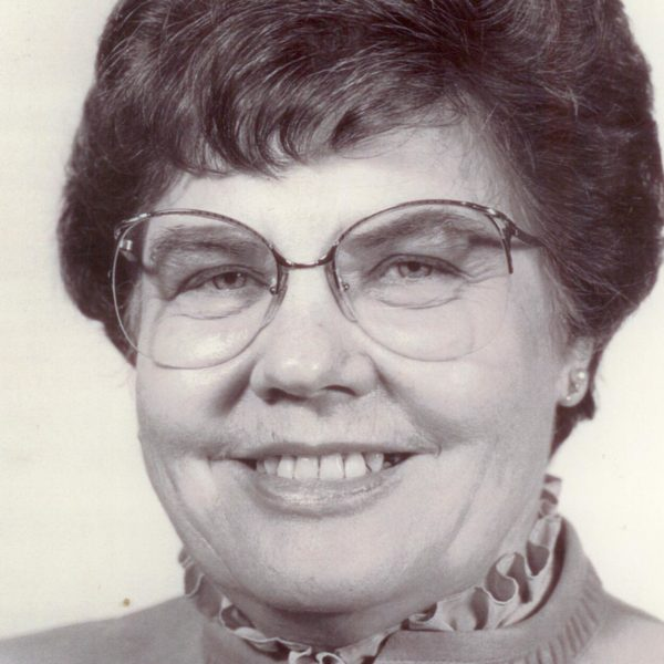 "Staples, Sara ""Sally"" (1926-2012)"
